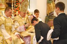 Tonsur bei der Priesterbruderschaft St. Pius X.